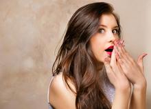 bshutterstock 127840955 - تعبیر خواب سرخ شدن صورت  چیست؟