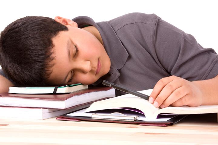 ssiimm pediatric sleep - چرا تو بهار خواب آلود میشیم و درمانش چیه؟